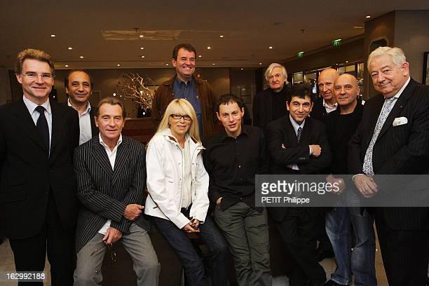 The Jury Of Paris Match Photo Report Grand Prix 2006 Réunion du jury du Grand Prix Paris Match du reportage photographique à l'hôtel Le Warwick...
