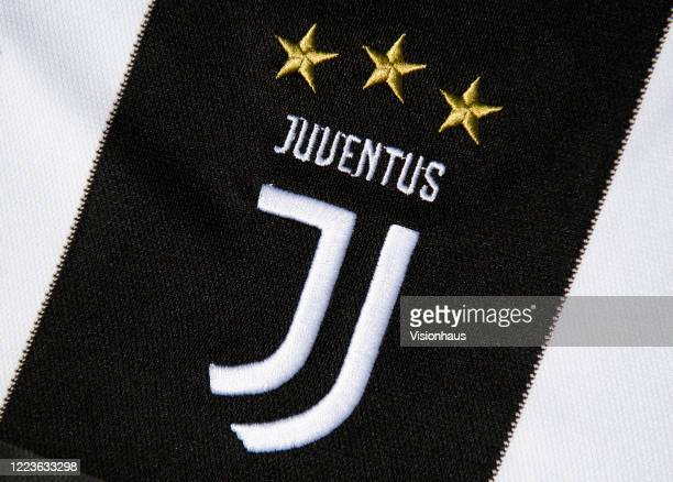 281 Juventus Logo Photos And Premium High Res Pictures Getty Images