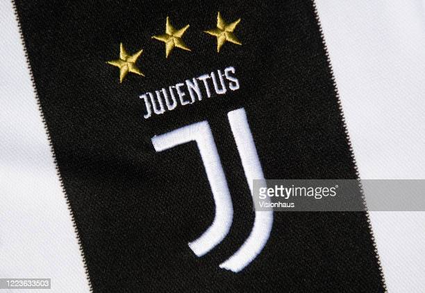 271 juventus logo photos and premium high res pictures getty images https www gettyimages com photos juventus logo
