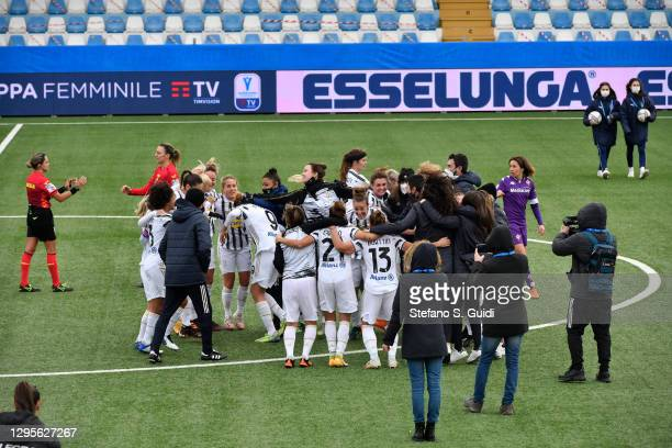 The Juventus FC Team celebrates their victory after the Women's Super Cup Final match between Juventus and ACF Fiorentina at Stadio Comunale on...