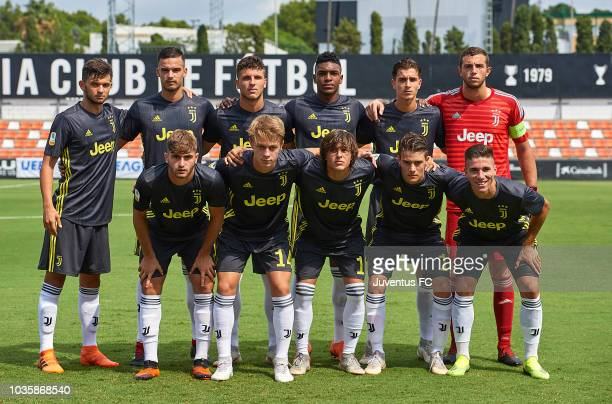 The Juventus team line up for a photo prior to kick off during the Group H match of the UEFA Youth League match between Valencia U19 and Juventus U19...