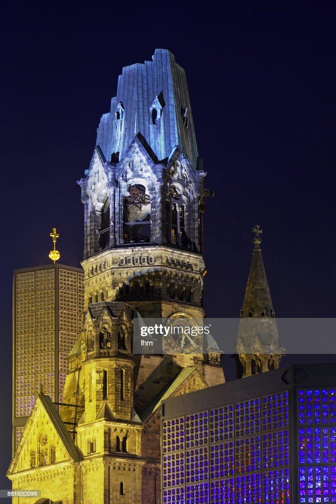 The Kaiser-Wilhelm Memorial Church (Kaiser-Wilhelm-Gedächtnis-Kirche) - Berlin-Charlottenburg, Germany : Foto de stock