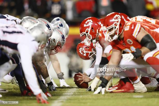 The Kansas City Chiefs prepare to snap the ball against the New England Patriots during the AFC Championship Game at Arrowhead Stadium on January 20...