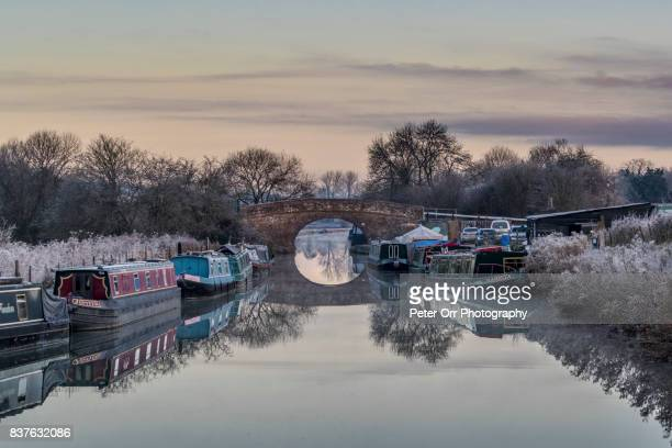 the kennet and avon canal at great bedwyn - southwest england stock photos and pictures
