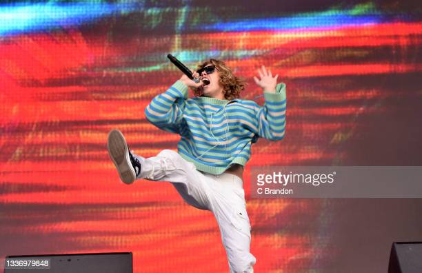 The Kid Laroi performs on stage during Day 2 of the Reading Festival 2021 at Richfield Avenue on August 28, 2021 in Reading, England.