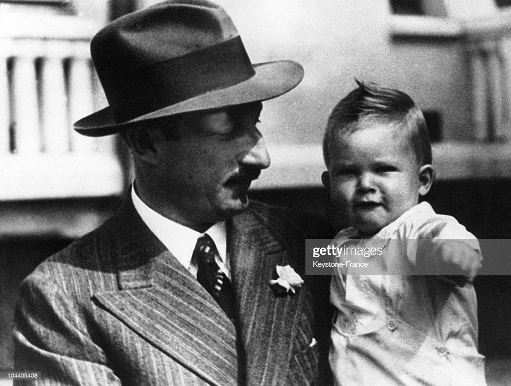 The king of Bulgaria BORIS III holding his son, crown Prince SIMEON, aged 1, in Bulgaria in 1938.
