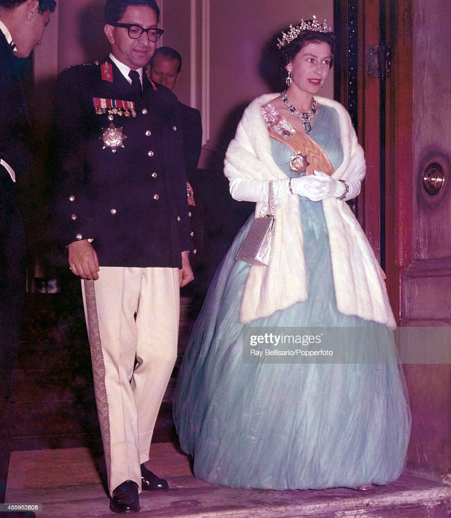 Queen Elizabeth II With The King Of Nepal : News Photo
