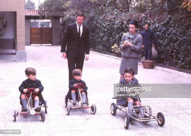 The King Simeon of Bulgaria with his wife Margarita Gomez Acebo and their children Kardam Kubrat and Kiril Madrid Spain