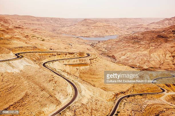 the kings highway on the way to petra, jordan - letrac stock pictures, royalty-free photos & images