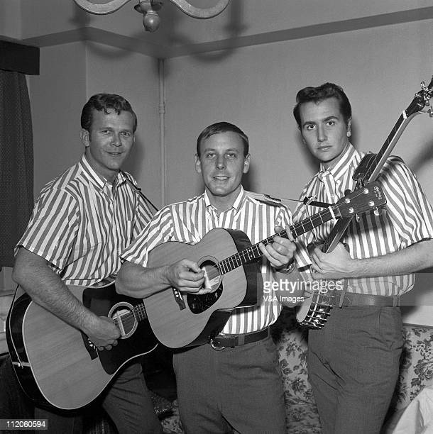 The Kingston Trio Bob Shane Nick Reynolds Dave Guard posed group shot backstage 1959