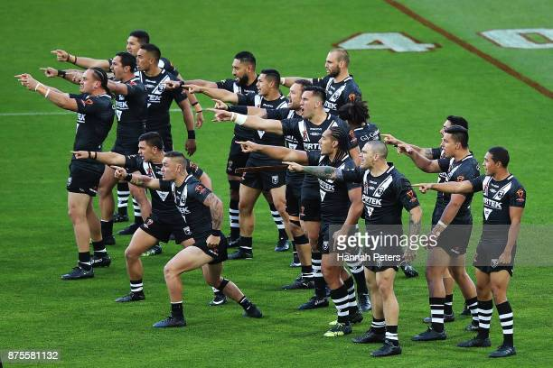 the Kiwis perform the haka ahead of the 2017 Rugby League World Cup Quarter Final match between New Zealand and Fiji at Westpac Stadium on November...