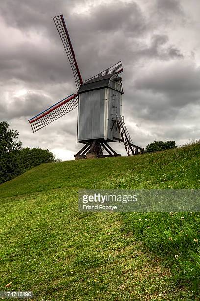 CONTENT] The 'Koeleweimolen' is an old classic windmill situated at the northeast city border of Bruges