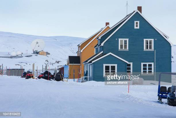 The Koldewey Station part of the FrenchGerman AWIPEV Arctic Research Base can be seen on Spitsbergen in NyAelesund Norway 10 April 2015 The socalled...