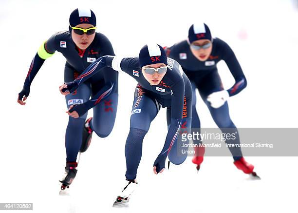 The Korea team of HaEun Kim ChoWon Park and JiWoo Park compete in the Women's Team Pursuit during day three of the ISU World Junior Speed Skating...