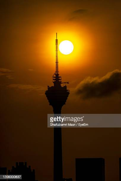 the kuala lumpur tower is a communications tower located in kuala lumpur. - shaifulzamri stock pictures, royalty-free photos & images