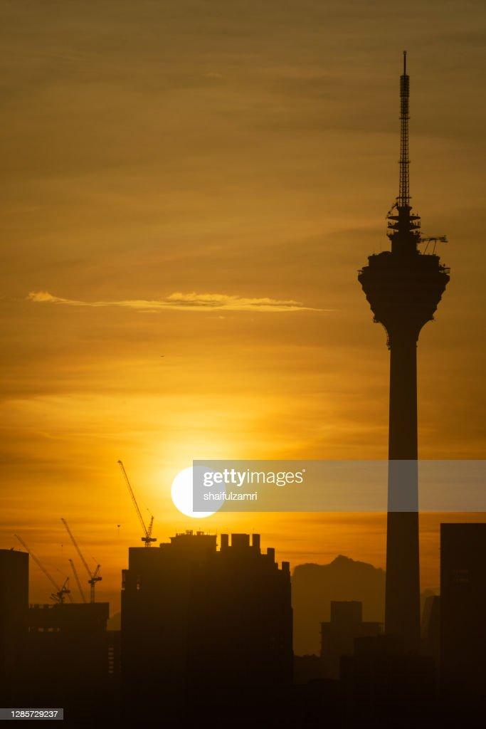 The Kuala Lumpur Tower is a communications tower located in Kuala Lumpur, Malaysia. : Stock Photo
