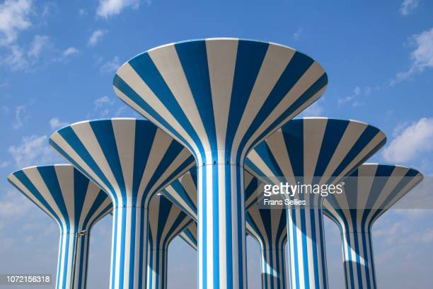 the kuwait water towers, kuwait - kuwait city stock pictures, royalty-free photos & images