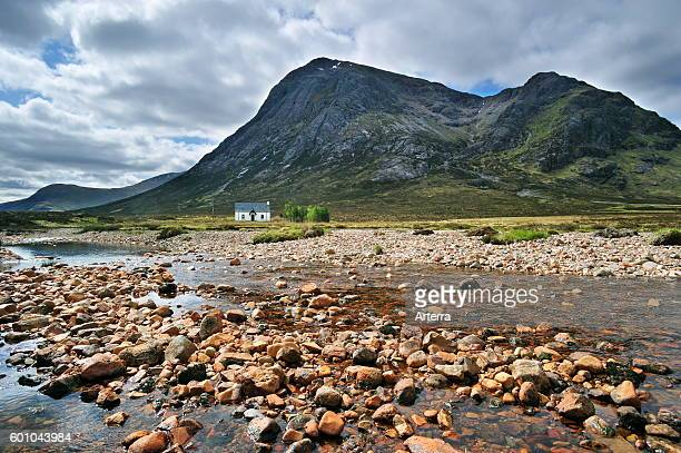 The Lagangarbh Hut of the Scottish Mountaineering Club in Glen Coe / Glencoe in front of the mountain Buachaille Etive Mor, Highlands, Scotland, UK.