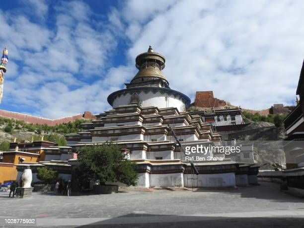 the lagest stupa in tibet at the pelkhor chode temple - chode images stock photos and pictures