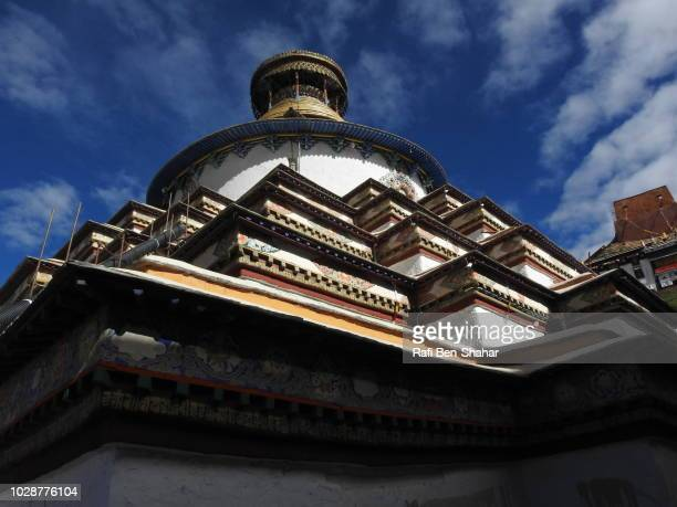 the lagest stupa in tibet at the pelkhor chode temple - chode picture stock photos and pictures