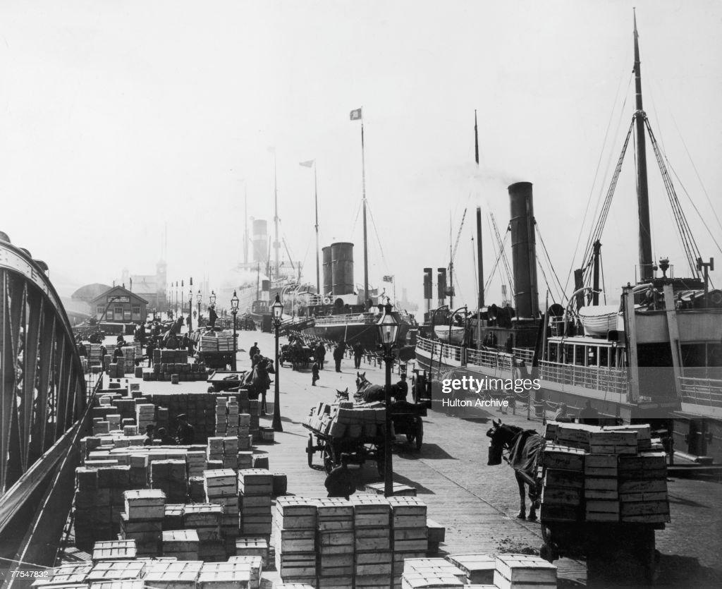 Liverpool Docks : Nachrichtenfoto