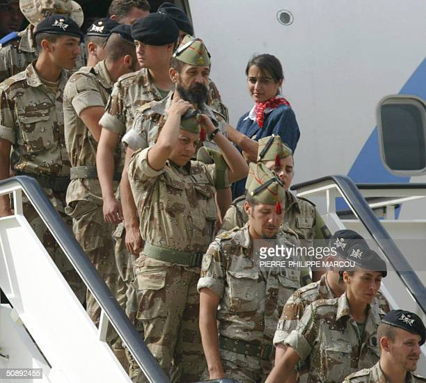 The last Spanish soldiers to be stationed in Iraq arrive at the Torrejon de Ardoz military base 24 May 2004 The withdrawal is the fulfillment of an...