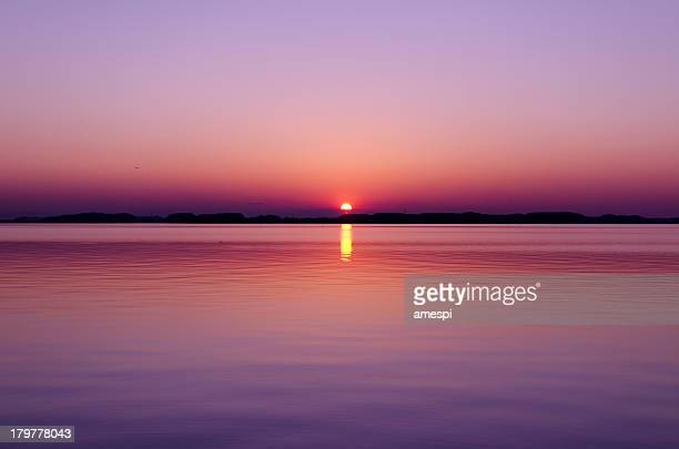 the last sunset - horizon over water stock pictures, royalty-free photos & images