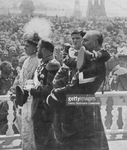 The last Tsar of Russia Nicholas II with his wife Tsarina Alexandra and their son Alexis during celebrations at the Kremlin to mark the Romanov...