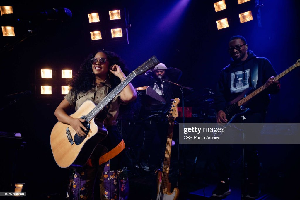 The Late Late Show with James Corden... : News Photo