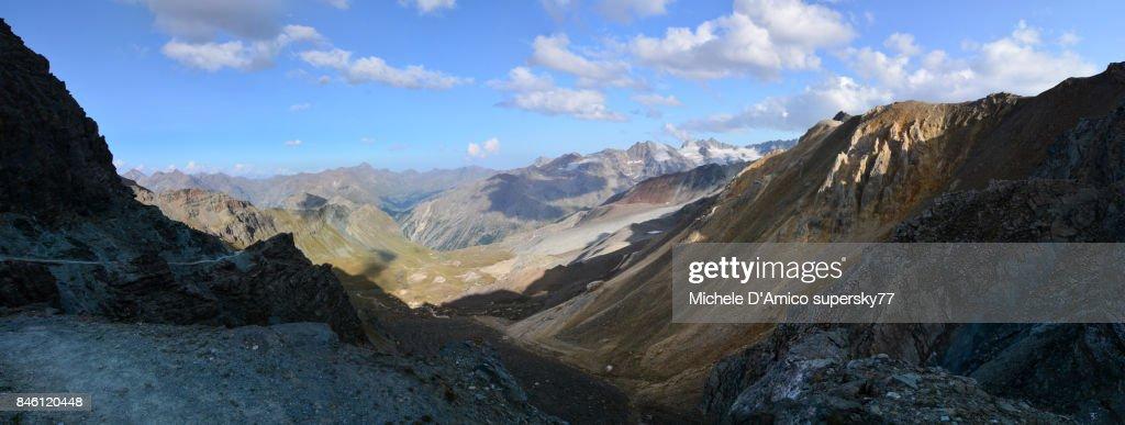 The Lauson Pass, along the 'Alta Via n° 2' : Stock Photo