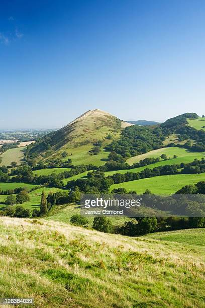 the lawley. shropshire. england. uk. - hill stock pictures, royalty-free photos & images