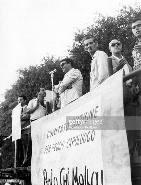 The lawyer Giuseppe Lupio, one of the leaders of the protest of Reggio Calabria, holding a meeting. Reggio Calabria, September 1970