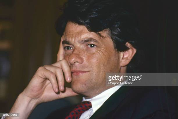 The lawyer Jean Louis Borloo during a dinner in Paris France in 1989 L'avocat Jean Louis Borloo au cours d'un diner à Paris en France en 1989