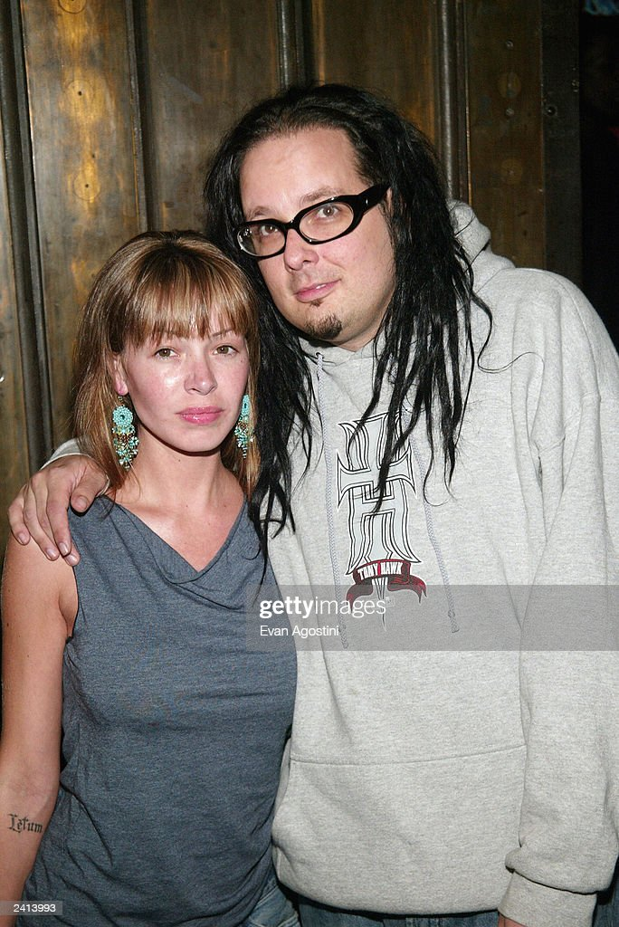 The lead singer from Korn, Jonathan Davis and wife Devan ...