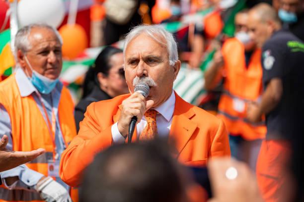 ITA: National Demonstration Of 'Gilet Orange' In Milan