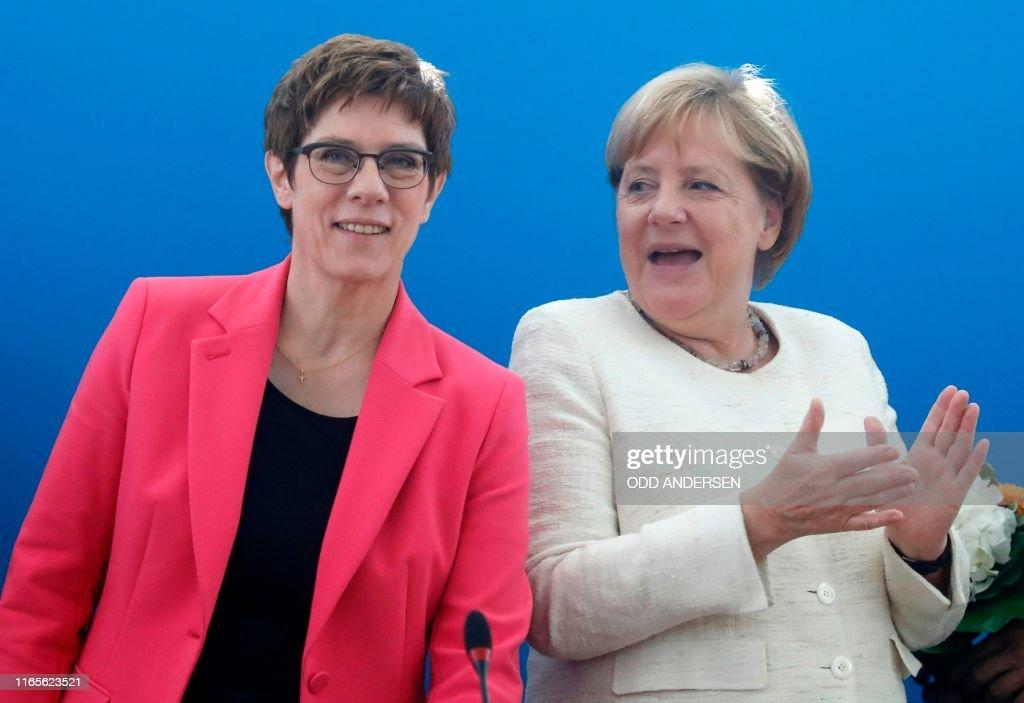 GERMANY-POLITICS-VOTE : News Photo