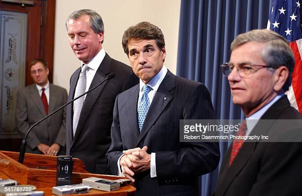 Lieutenant Governor David Dewhurst Governor Rick Perry and House Speaker Tom Craddick plead for the return from New Mexico of eleven absent Texas...