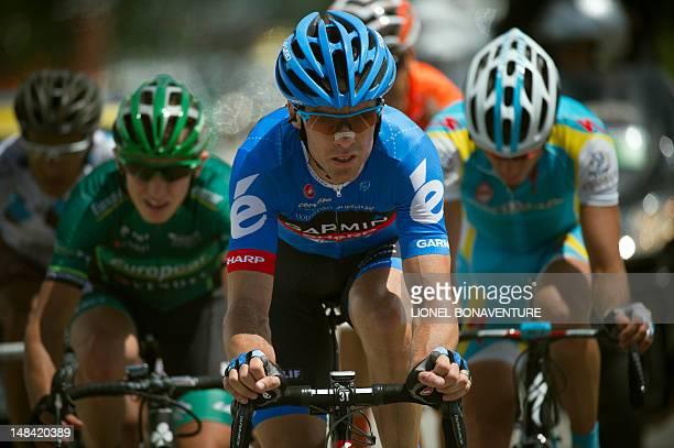 The leading men LtoR France's JeanChristophe Peraud France's Cyril Gautier stage winner Great Britain's David Millar and Croatia's Robert Kiserlovski...
