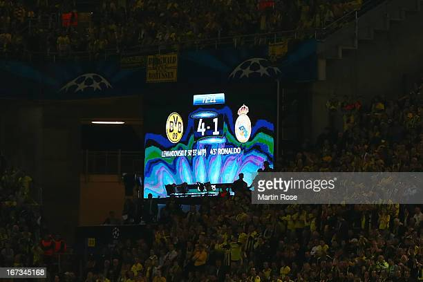The LED scoreboard shows the score 41 to Borussia Dortmund during the UEFA Champions League semi final first leg match between Borussia Dortmund and...