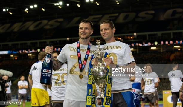 The Leeds United team celebrates becoming champions during the Sky Bet Championship match between Leeds United and Charlton Athletic at Elland Road...