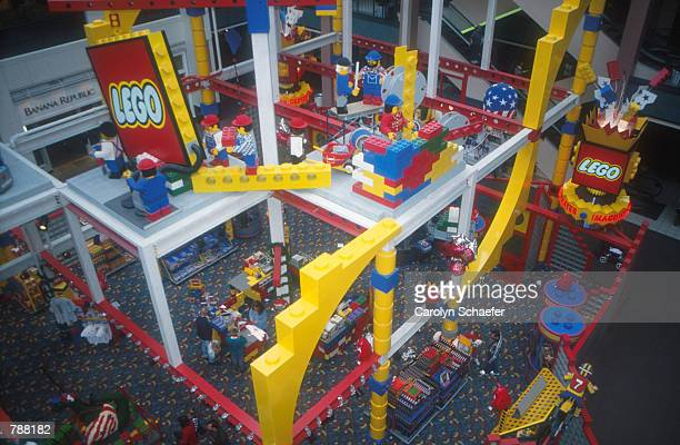 The Lego Imagination Center at the Mall of America, which takes up 6000 square feet of space on four stories, offers free play areas for children as...