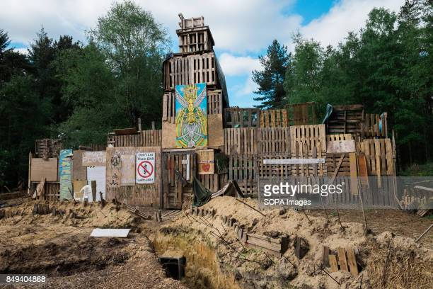 The Leith Hill fortress was a 6 meter high pallet structure equipped to resist an eviction from bailiffs It contained a kitchen a dorm a fire place...