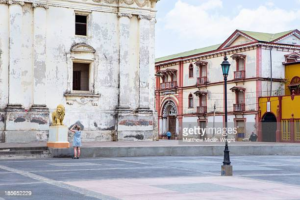 the leon cathedral of leon - nicaragua fotografías e imágenes de stock