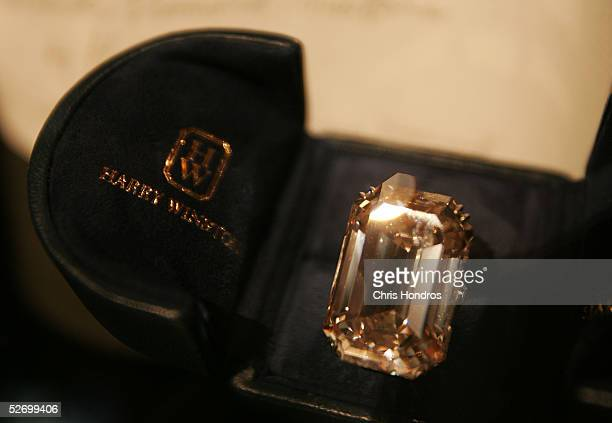 The Lesotho I one of the world's largest diamonds lies in a case at The Wedding Salon bridal show April 26 2005 in New York City The Lesotho I...