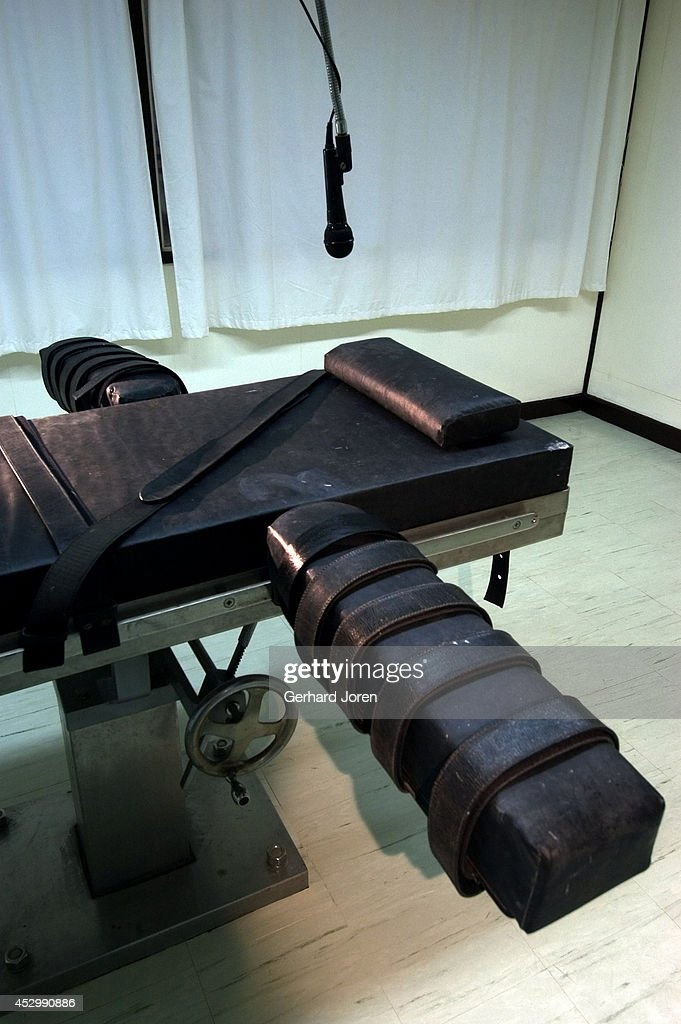 The lethal injection chamber at New Bilibid Prison... : News Photo