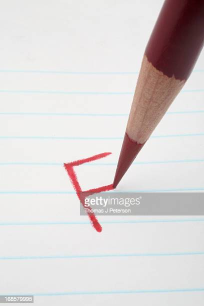 "the letter grade ""f"" - miss f fotografías e imágenes de stock"