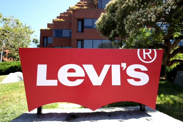 CA: Levi Strauss To Lay Off 15 Percent Of Corporate Workforce
