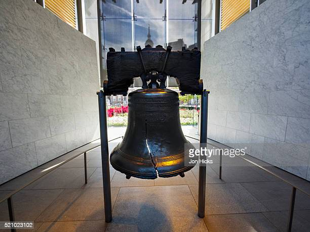the liberty bell, philadelphia - liberty bell stock pictures, royalty-free photos & images