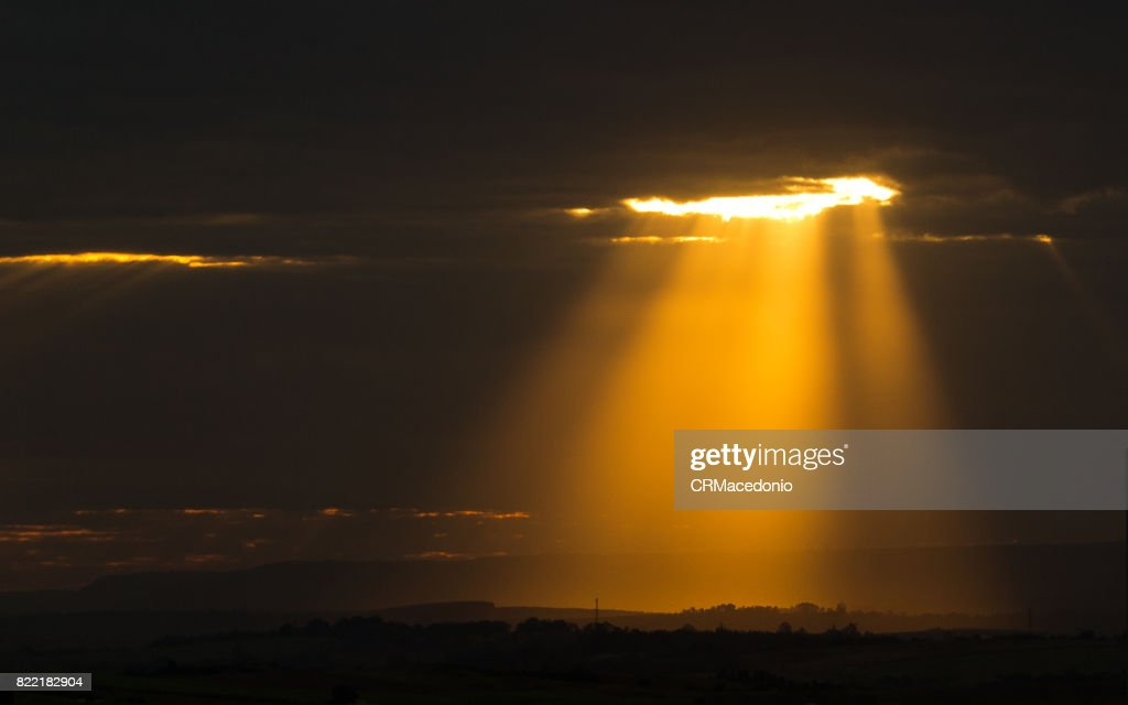 The light of the sun in all its splendor. : Stock Photo