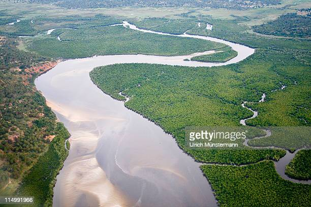 the limpopo river near xai-xai - mozambique stock pictures, royalty-free photos & images